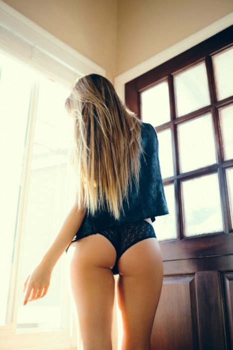 sexiestbutts034