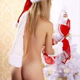 sexy-santa-helpers